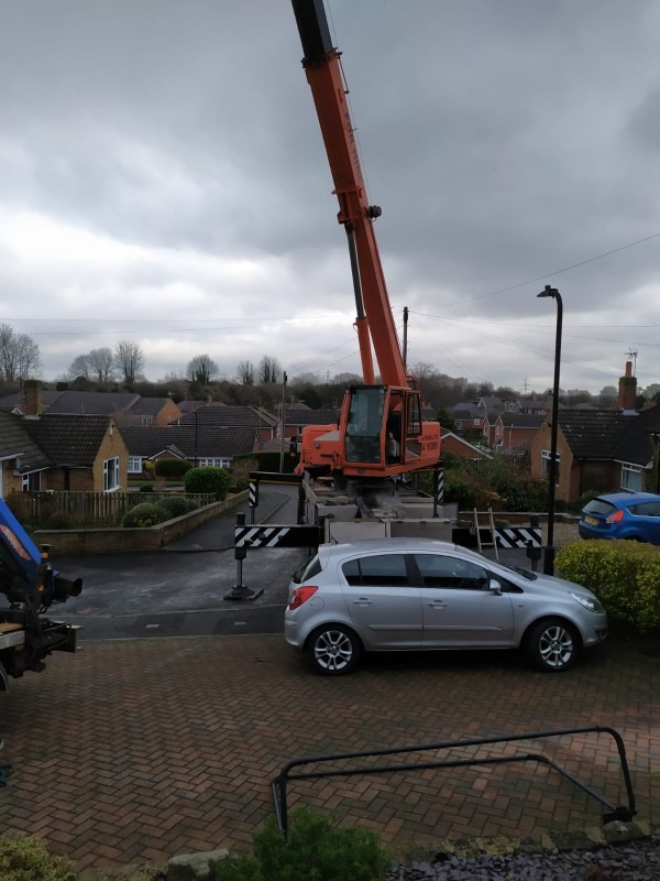 The Crane all setup to lift the tub out ready for hot tub transport.